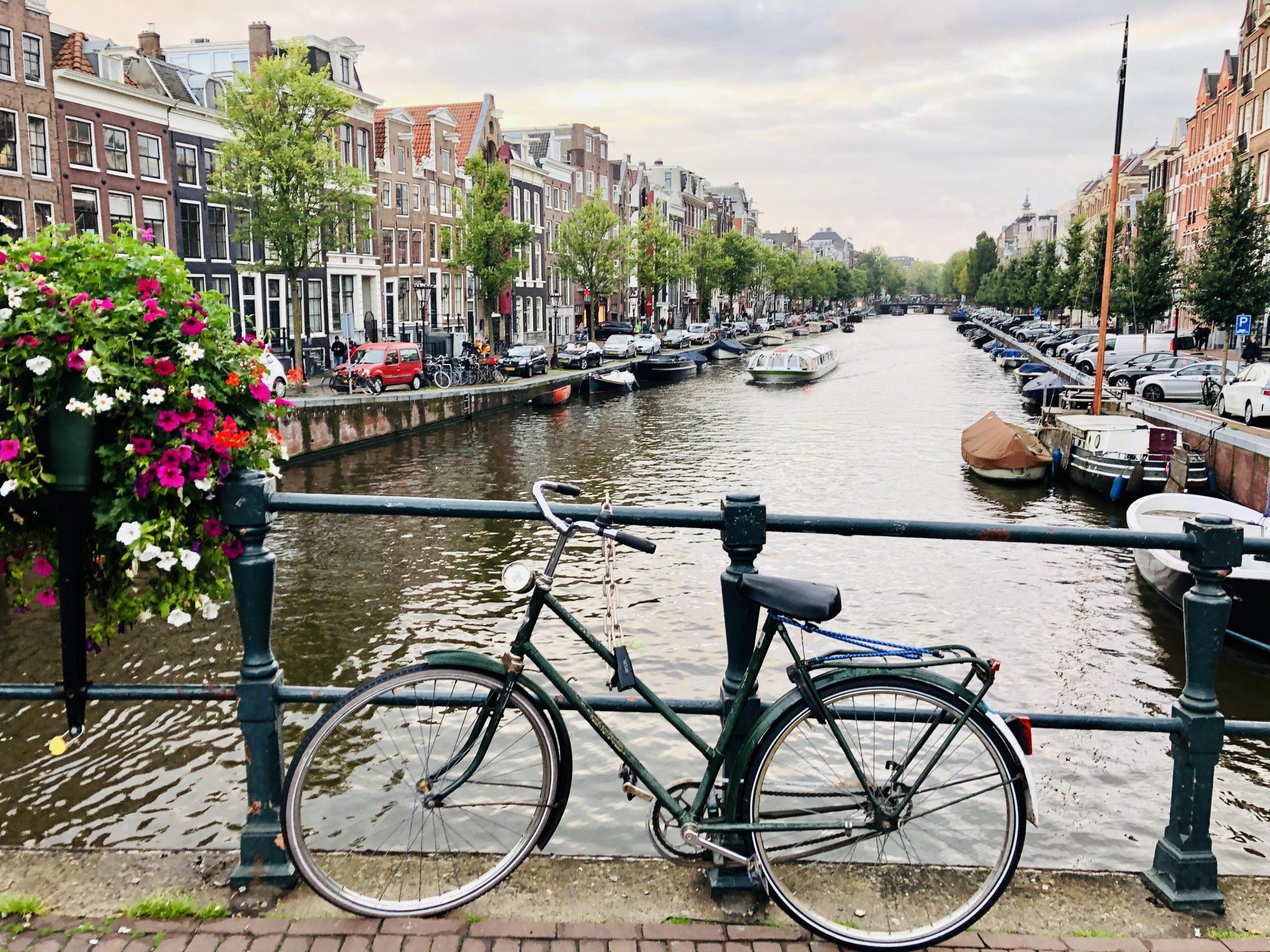 Amsterdam (2020)